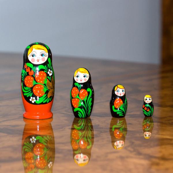 Matrjoschka Babuschka Chochloma rot 5 Puppen, 9/10 cm